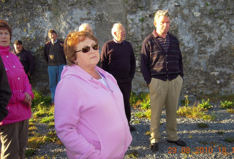 Ann Marie  Mulryan and Kathleen Conneally Shanbally in foreground. Then the men at back starting from Left John Mylotte and Jimmy Shalley both Curragh West Michael Tarmey and Jim Finnegan at an old barn with a loft where oats was winnowed
